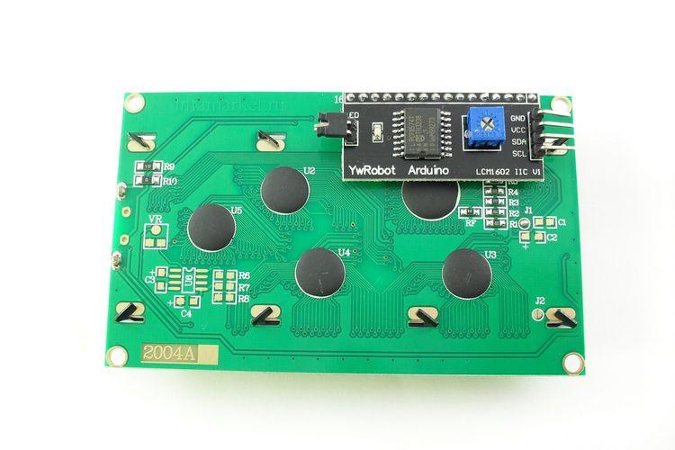 Дисплей LCD 2004 с шиной I2C зеленый (вид сзади)