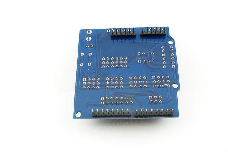 Расширение Sensor Shield V5.0 (вид сзади,сверху)