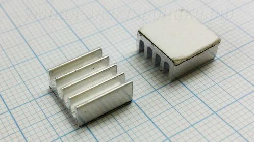 Радиатор алюминиевый 11х11х5мм 6.3кв.см с клеевой термоплёнкой